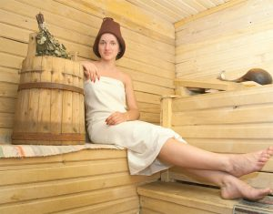 Finowie korzystają z sauny mniej więcej raz w tygodniu, a w okresach ferii i wakacji – codziennie © Iakov Filimonov - Depositphotos